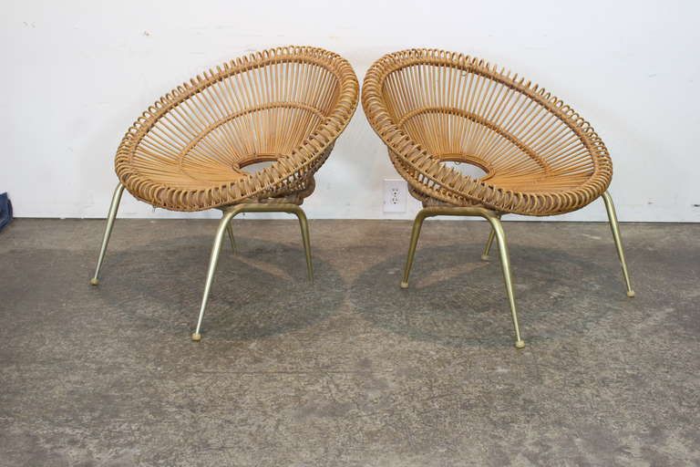 American Pair of Rattan Chairs in the Style of Franco Albini For Sale