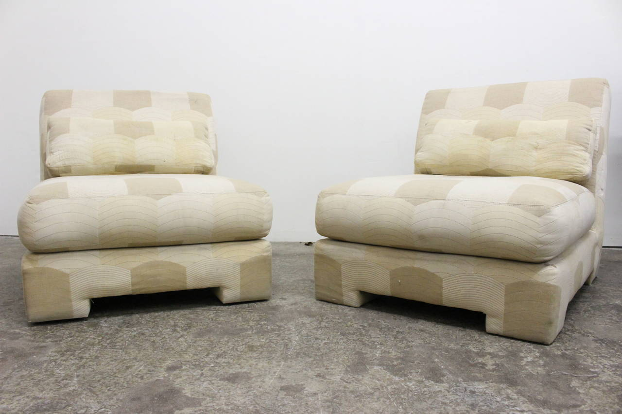 Pair of slipper lounge chairs by Milo Baughman for Thayer Coggin, circa 1980s.  Dimensions: 31