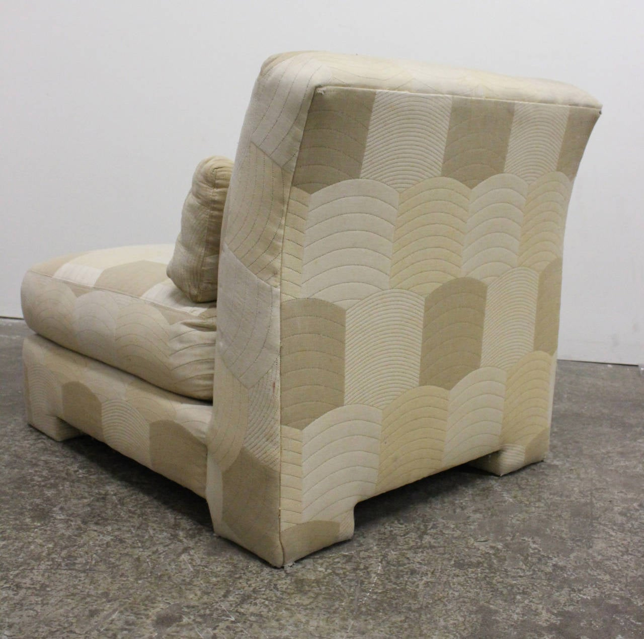 Pair of Slipper Lounge Chairs by Milo Baughman for Thayer Coggin For Sale 1