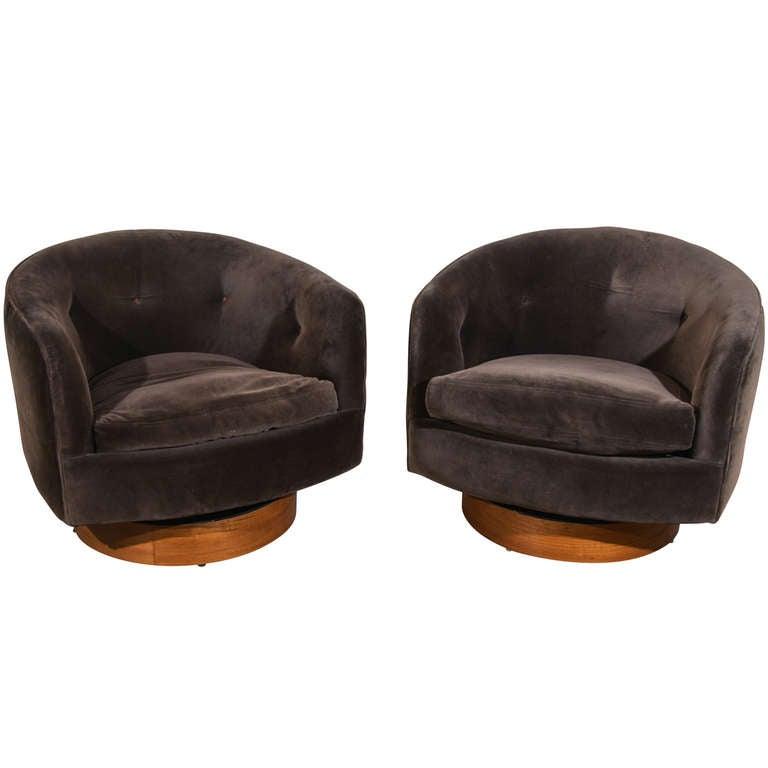 Pair Milo Baughman Swivel Tub Chairs at 1stdibs