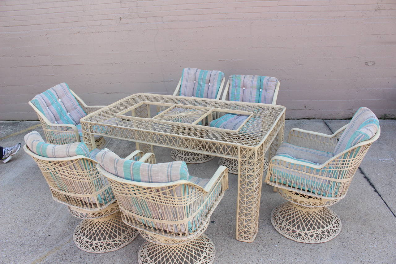 Spun Fiberglass Outdoor Dining Set By Russell Woodard At