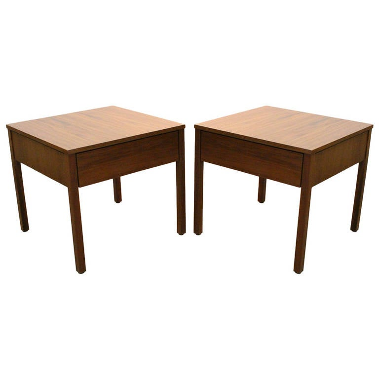 Pair Florence Knoll Walnut Side Tables At 1stdibs