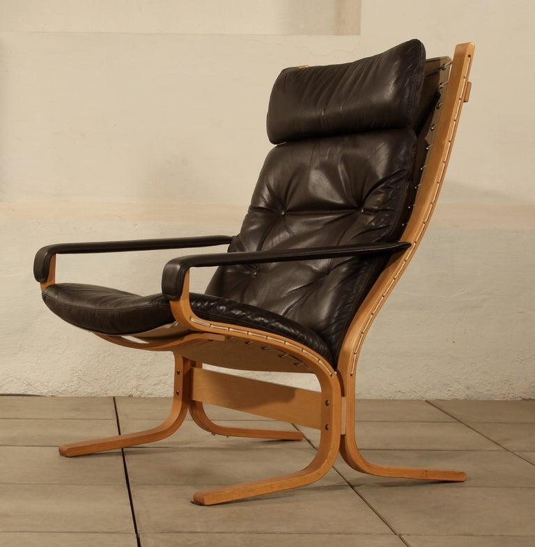 Westnofa Siesta chair ottoman Ingmar Relling 4  : Rastadrellingloungechairwithottomanfoto4l from 1stdibs.com size 768 x 785 jpeg 69kB