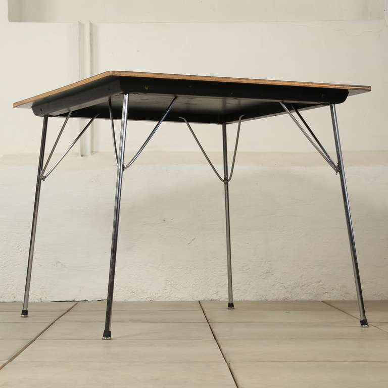 Charles eames dtm table 1950 herman miller at 1stdibs for Table ronde charles eames