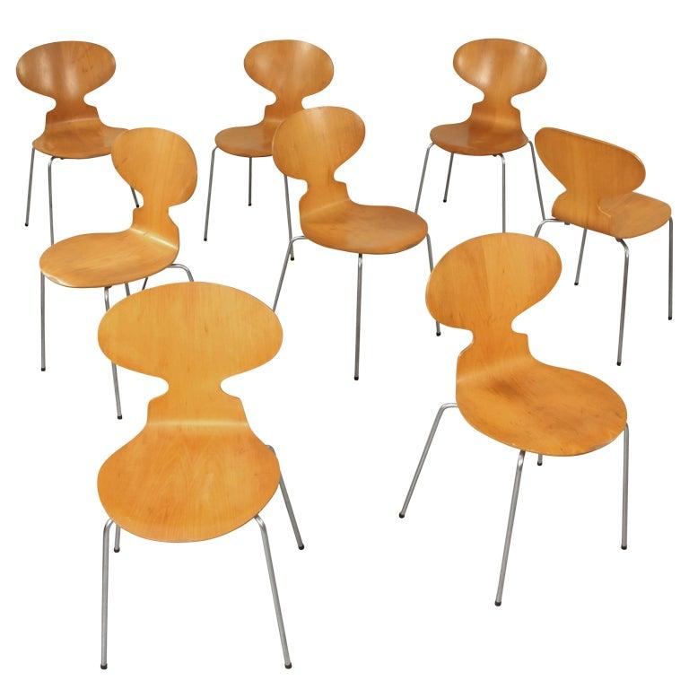 set of 8 matching arne jacobsen 3101 39 ant 39 chairs at 1stdibs. Black Bedroom Furniture Sets. Home Design Ideas