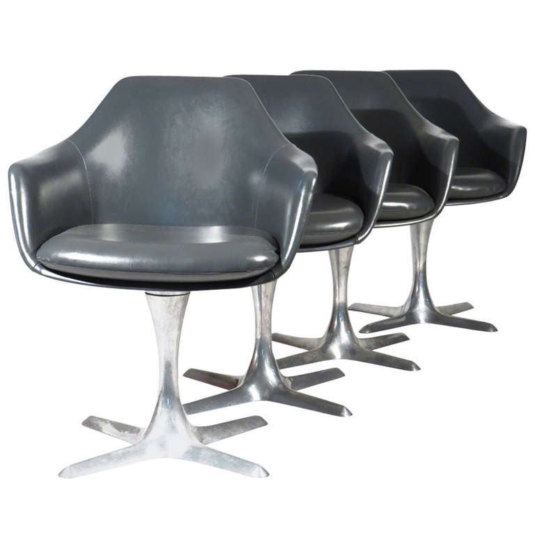 Mod Tulip Shell Chairs At 1stdibs