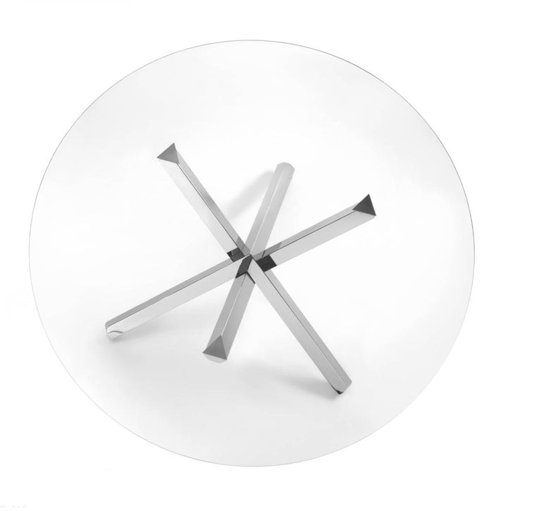 Modern Italian Dining Table with Glass Round Top and Chrome Cross Base In New Condition For Sale In Jersey City, NJ