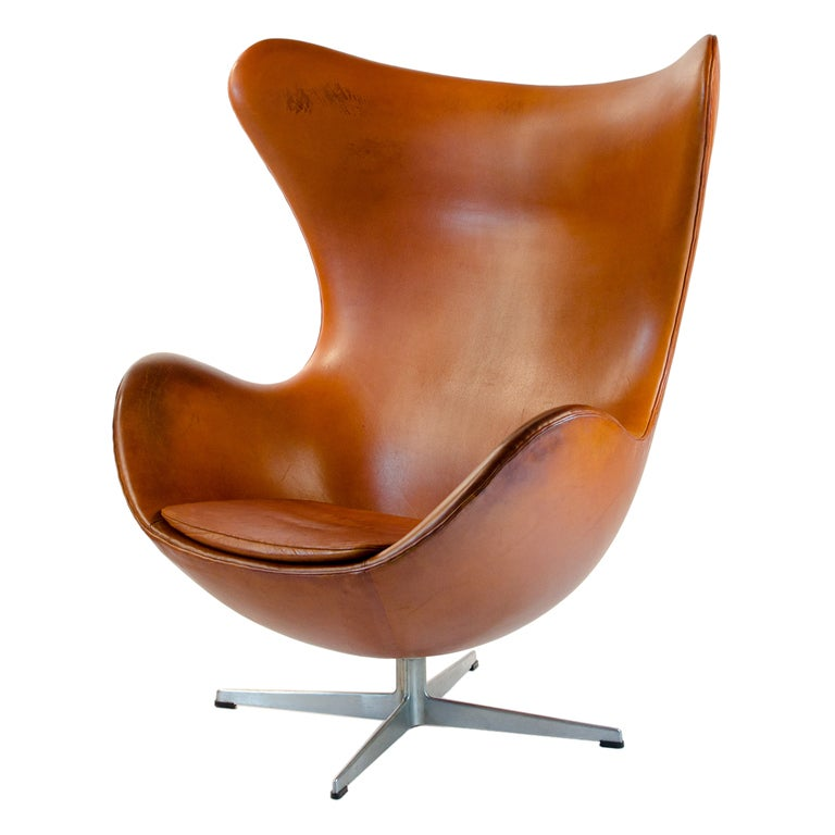 very old egg chair original condition arne jacobsen hansen at 1stdibs. Black Bedroom Furniture Sets. Home Design Ideas