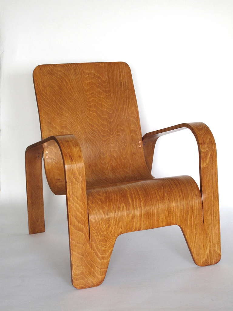 Mid-Century Modern Pair of plywood Lounge Armchairs by Han Pieck Made by Lawo, Netherlands, 1940s For Sale