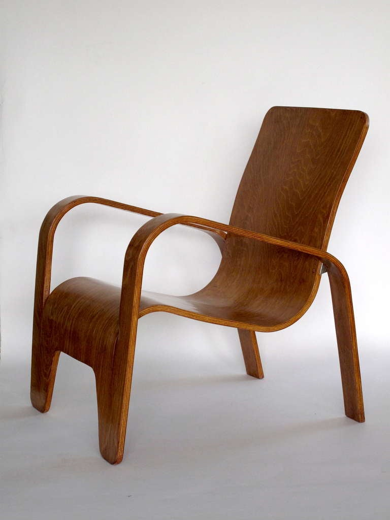 Pair of plywood Lounge Armchairs by Han Pieck Made by Lawo, Netherlands, 1940s In Good Condition For Sale In Amsterdam, NL