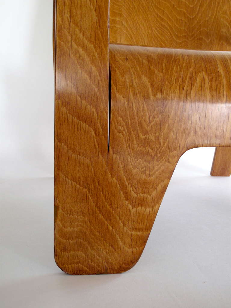Pair of plywood Lounge Armchairs by Han Pieck Made by Lawo, Netherlands, 1940s For Sale 1