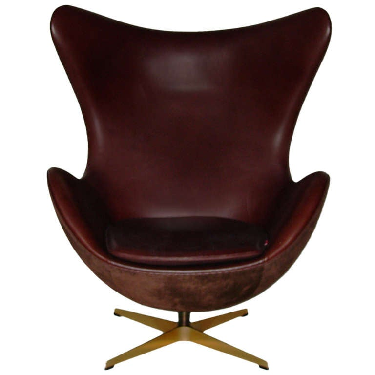 limited golden egg chair by arne jacobsen for fritz hansen at 1stdibs. Black Bedroom Furniture Sets. Home Design Ideas