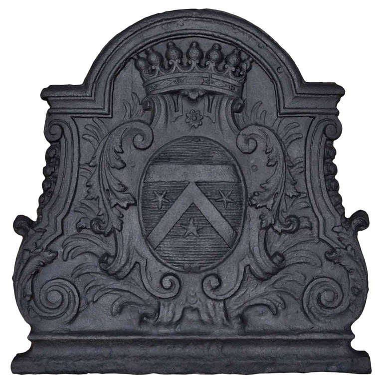 French Louis the 14th period cast iron fireback - Early 18th century