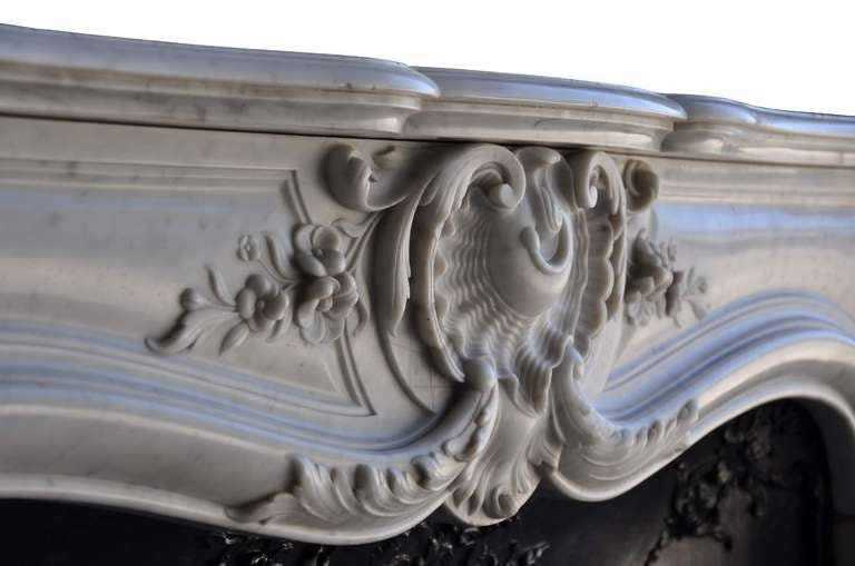 French Louis the 15th style white marble and cast iron fireback - 19th century 7
