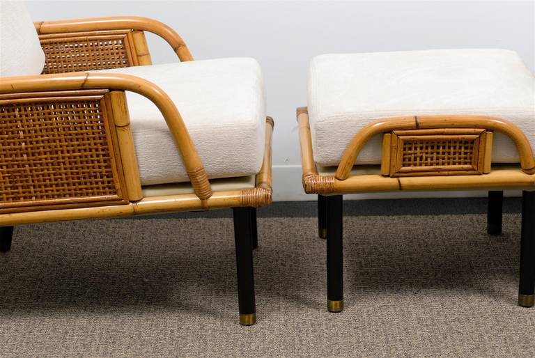 Sublime Pair of Modern Rattan and Cane Lounge Chairs by Ficks Reed, circa 1950 For Sale 1