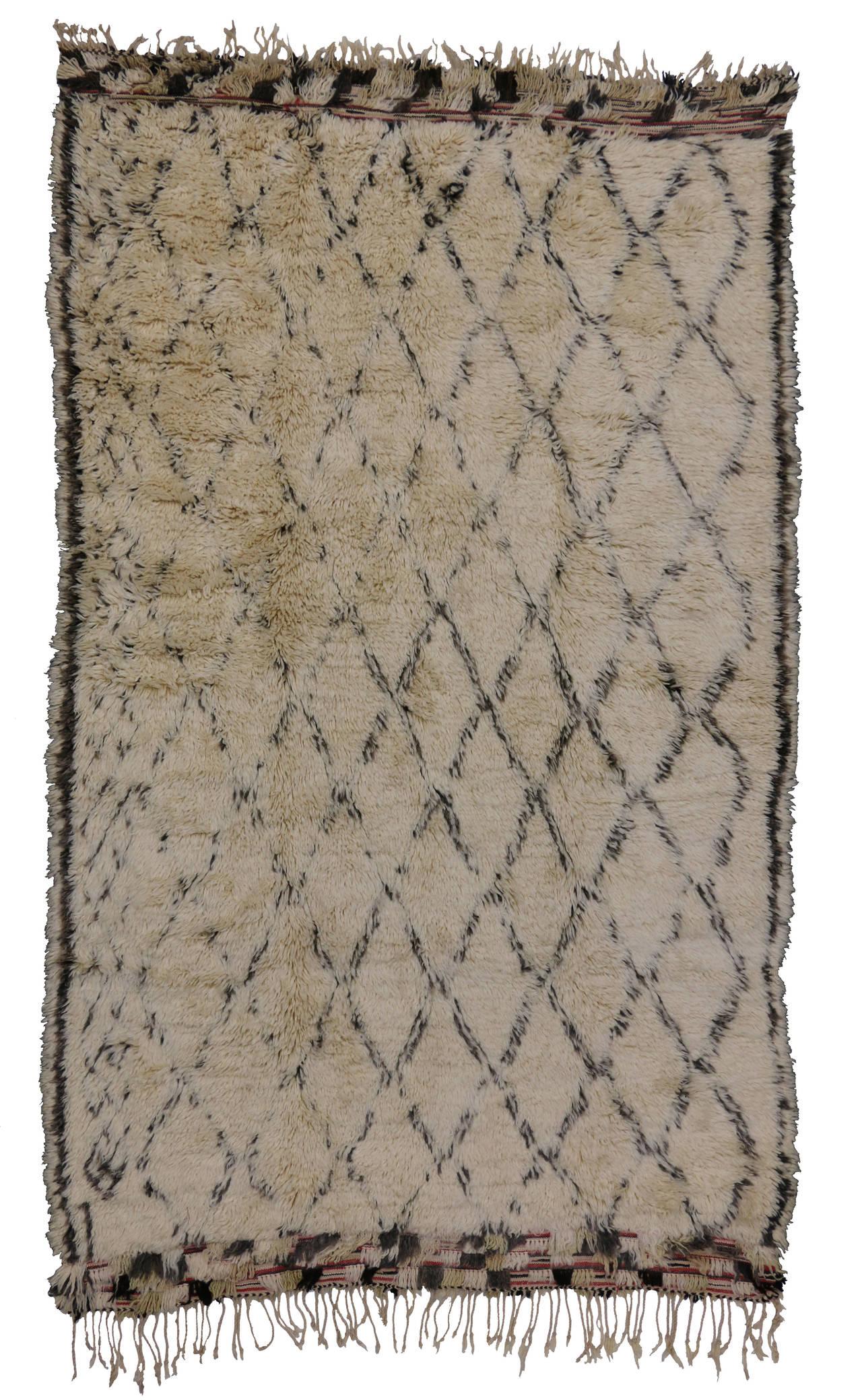 mid century modern beni ourain moroccan rug at 1stdibs. Black Bedroom Furniture Sets. Home Design Ideas