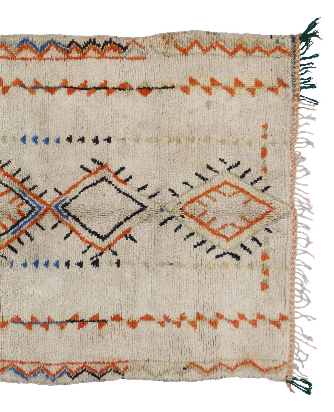 Mid-20th Century Vintage Berber Moroccan Rug, 04'06