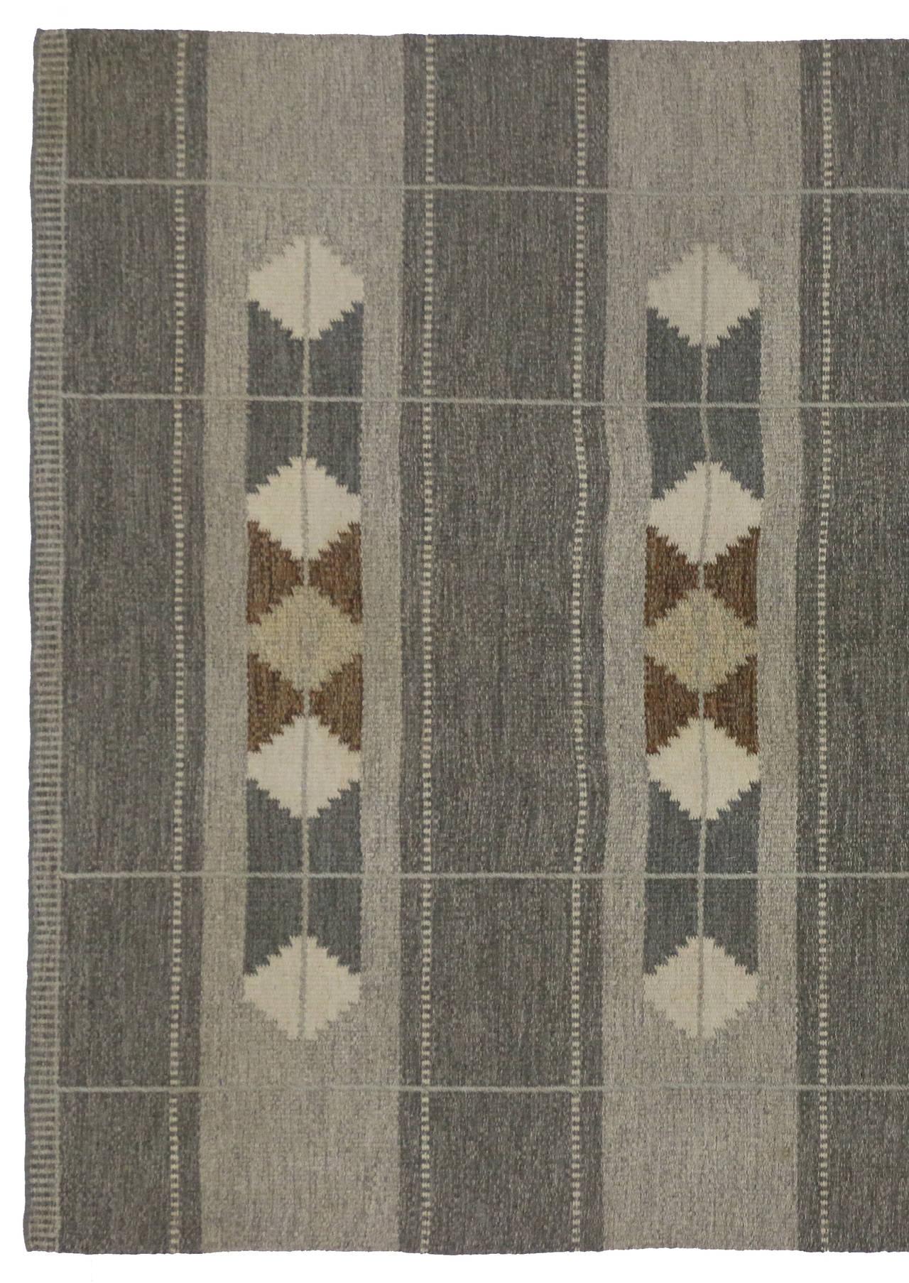 Wool Vintage Swedish Rollakan Gray Kilim Rug with Scandinavian Modern Style For Sale