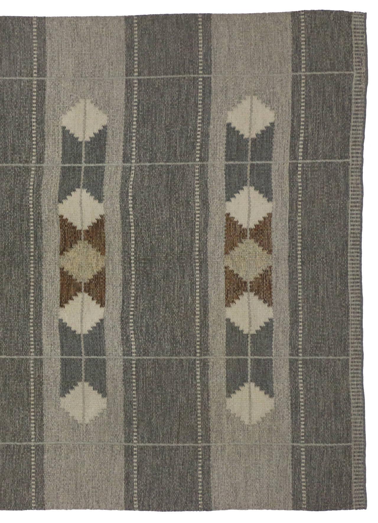 Vintage Swedish Rollakan Gray Kilim Rug with Scandinavian Modern Style For Sale 1