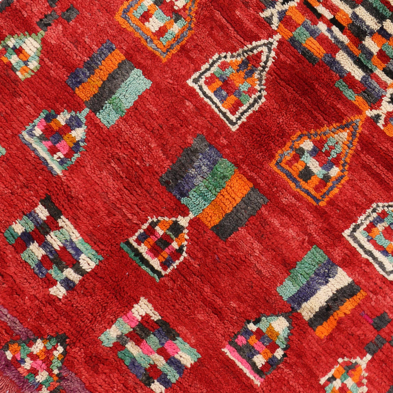 Hand-Knotted Vintage Berber Moroccan Rug with Modern Tribal Style For Sale