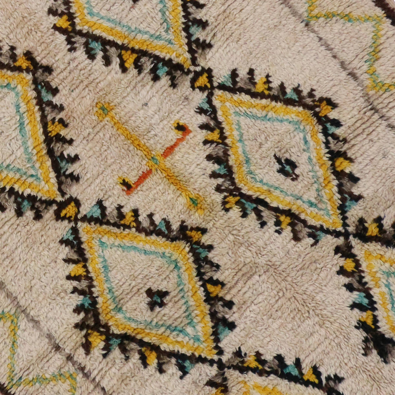 Boho Chic Berber Moroccan Rug With Tribal Design In Light