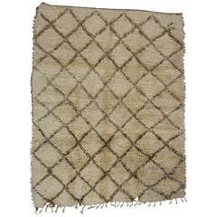 Berber Moroccan Rug with Minimalist Design and Mid-Century Modern Style