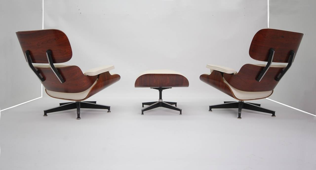 Vintage Rosewood Charles Eames 670 Lounge Chair With New Off White Leather,  With Ottoman