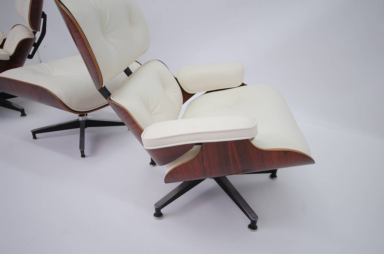 Mid Century Modern Vintage Rosewood Eames 670 Lounge Chair With New Off  White Leather