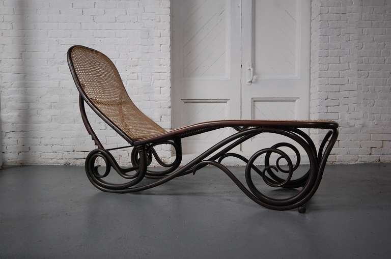 thonet chaise lounge at 1stdibs. Black Bedroom Furniture Sets. Home Design Ideas