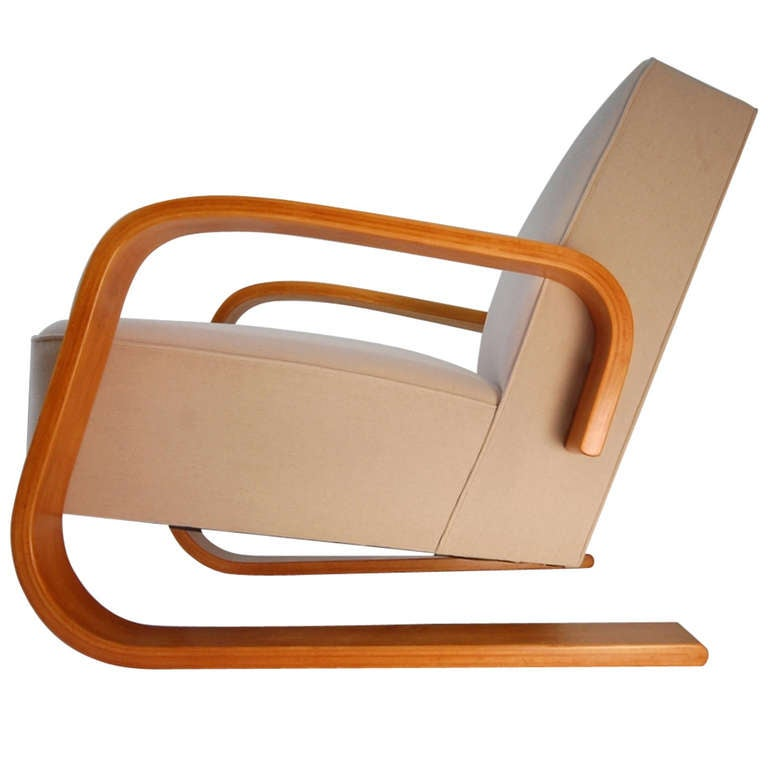 Early alvar aalto tank lounge chair at 1stdibs for Alvar aalto chaise
