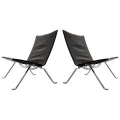 Pair of Poul Kjaerholm PK22 Lounge Chairs in Original Dark Brown Leather