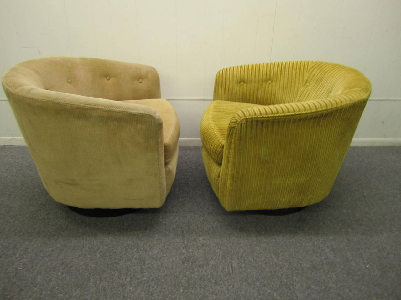 Superb Wonderful Pair Of Milo Baughman Style Swivel Tub Chairs. This Pair Needs To  Be Reupholstered