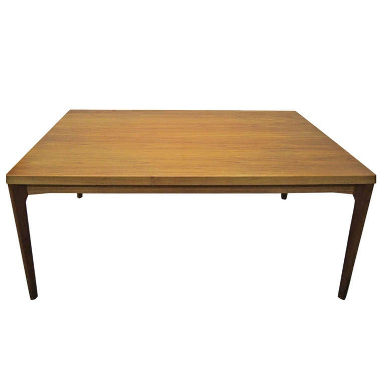 Gorgeous Danish Modern Teak Dining Table With 2 Hide Away Leaves Mid