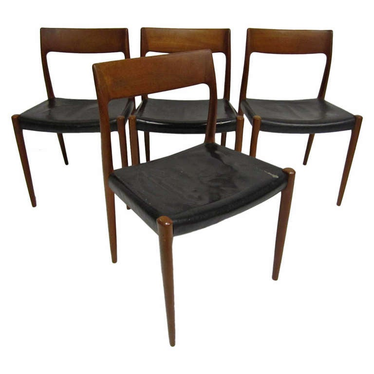 Set Of 4 J L Moller Danish Chairs At 1stdibs