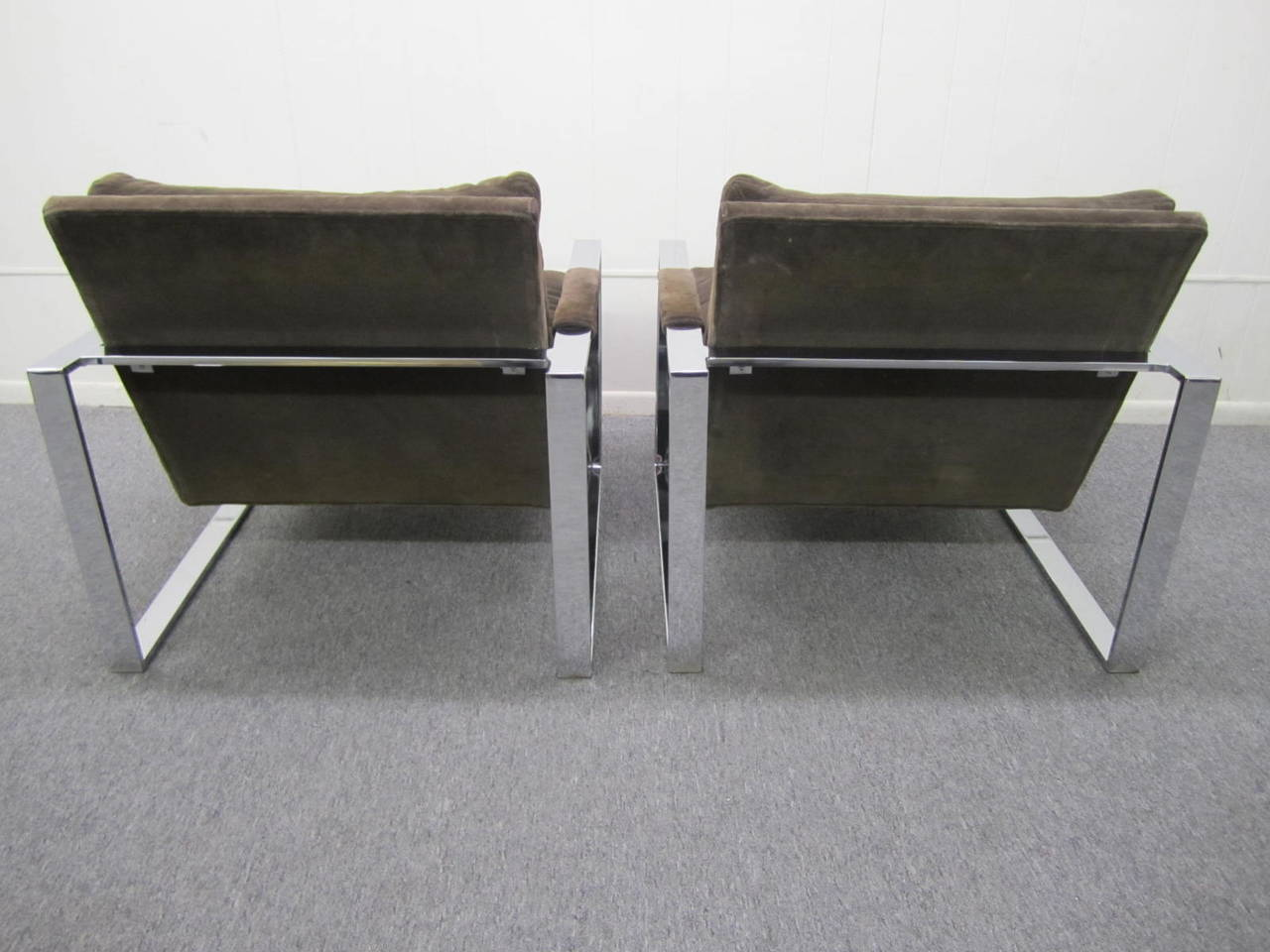 Fabulous pair of signed Milo Baughman for Thayer Coggin thick chrome cube lounge chairs. This style is a bit more rare than the normal cube chairs by Milo. The upholstery is the original chocolate cotton velvet and still looks very nice. The