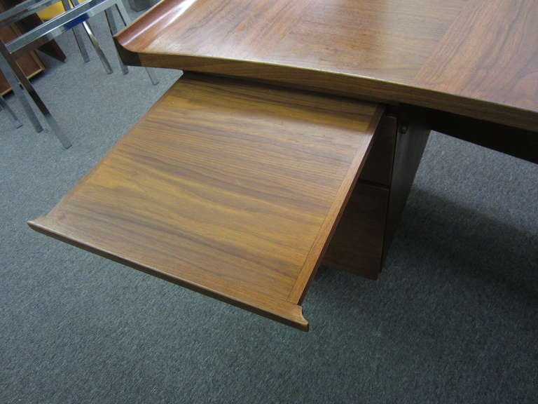 Mid-20th Century Harvey Probber Curved Top Walnut Desk Mid-century Danish Modern
