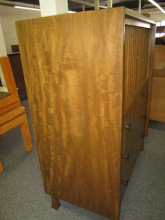 Mid-Century Modern Lovely John Widdicomb Tall Dresser With Tamboured Doors For Sale
