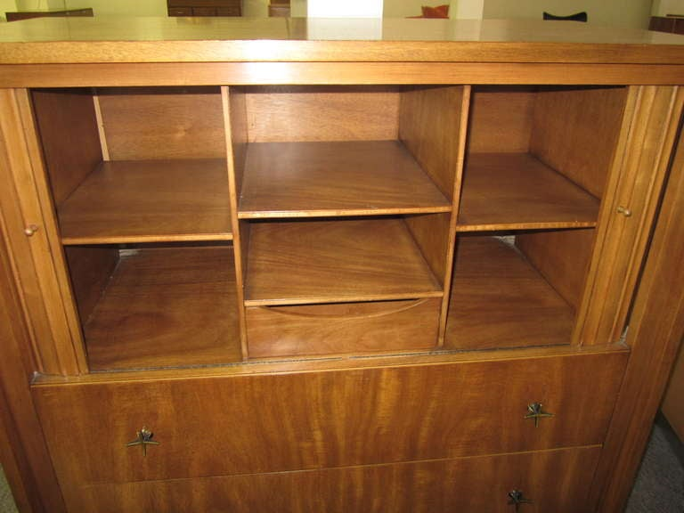 Lovely John Widdicomb Tall Dresser With Tamboured Doors For Sale 1