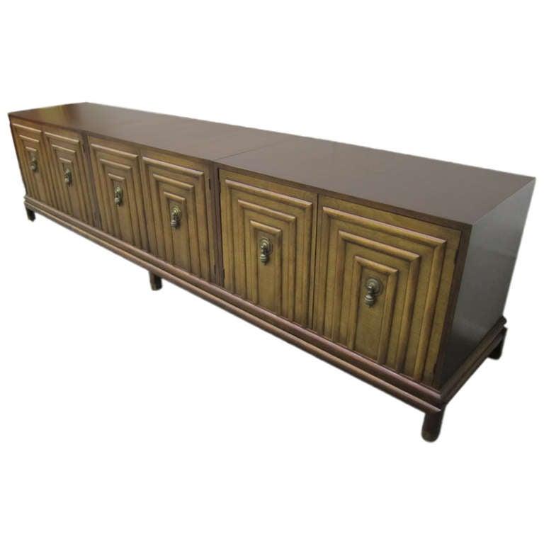 Stunning Renzo Rutili Long Low Credenza for Johnson Furniture Mid-Century Modern