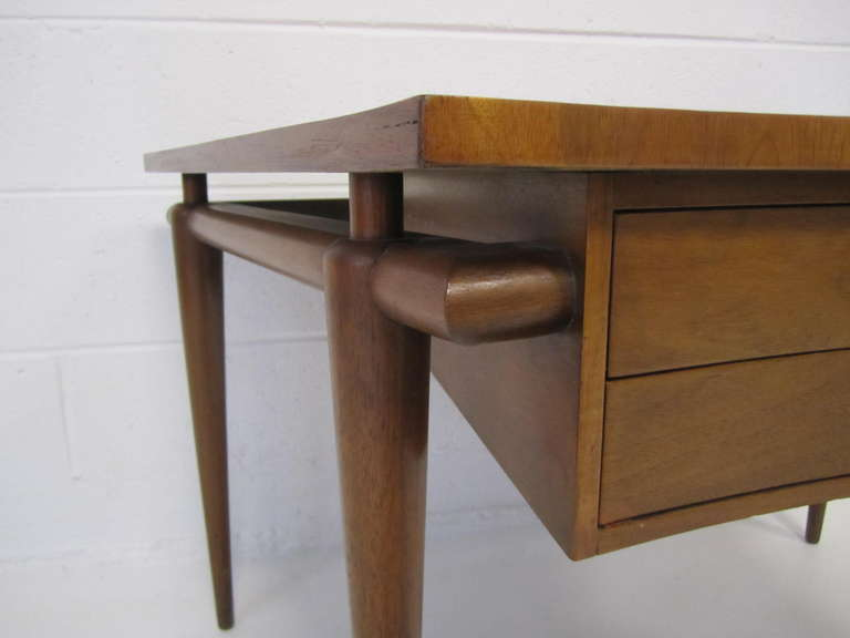 Lovely john widdicomb trapezoid top walnut end table mid for Trapazoid table