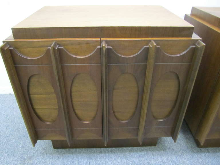Canadian Gorgeous Pair of Brutalist Evans inspired Night Stands Mid-century Modern For Sale