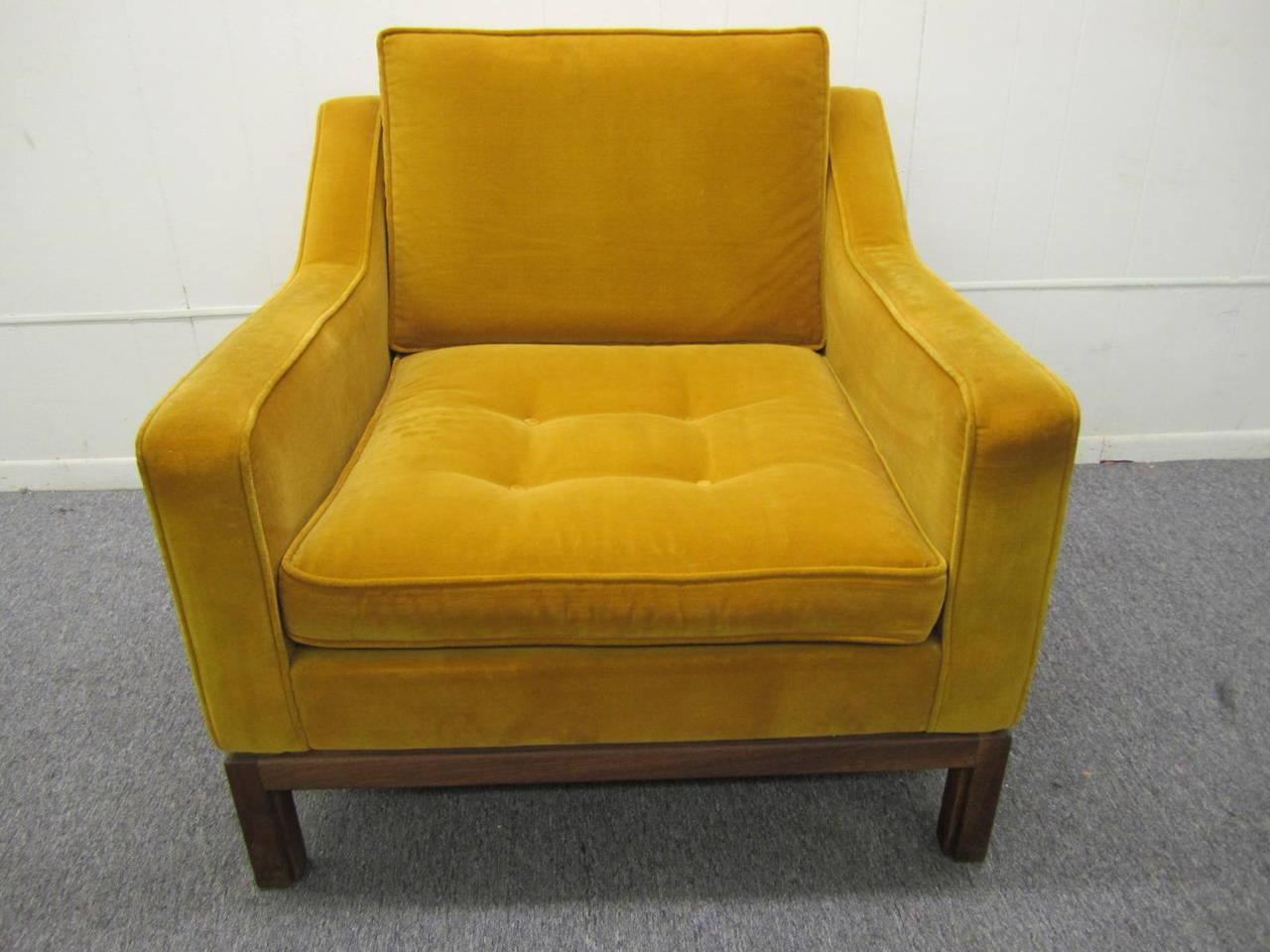 Jens Risom Chair, By Jens Risom Design Inc., USA, Walnut Frame With