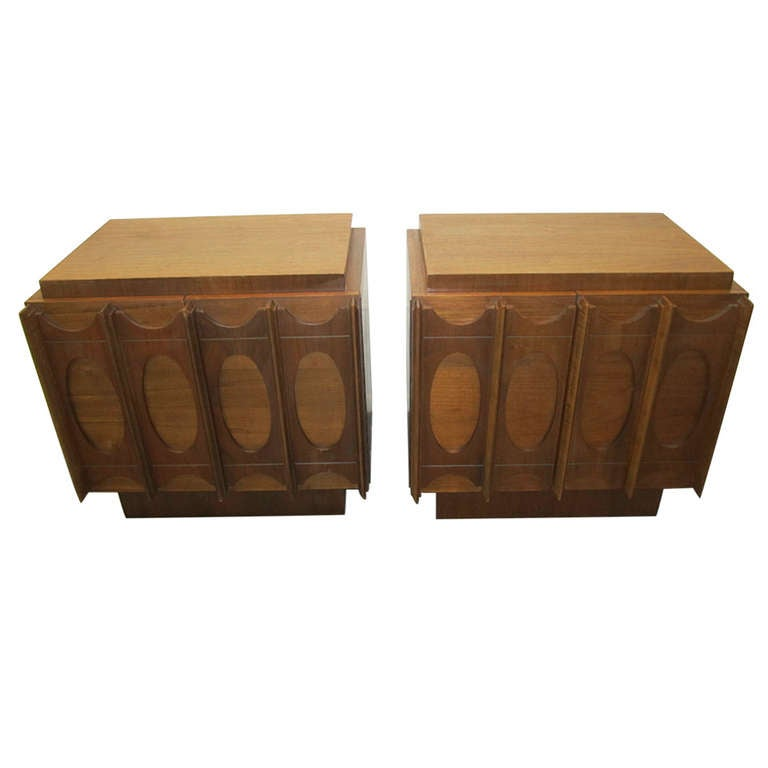 Gorgeous Pair of Brutalist Evans inspired Night Stands Mid-century Modern