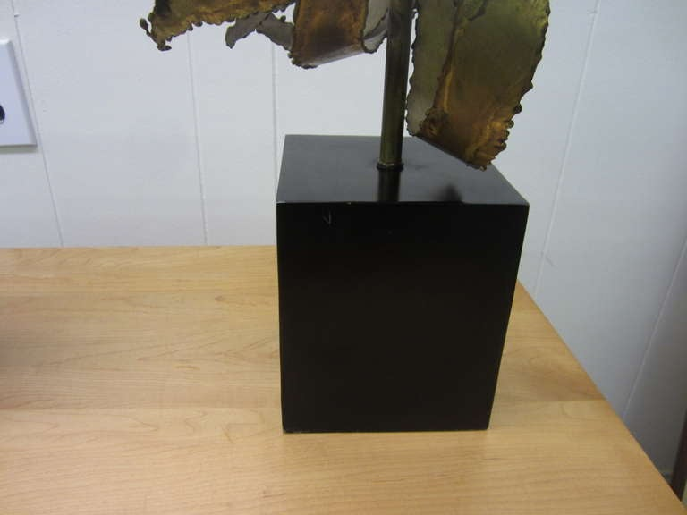 Pair of C. Jere Brass Brutalist Table Lamps Laurel, Mid-Century Modern In Good Condition For Sale In Medford, NJ
