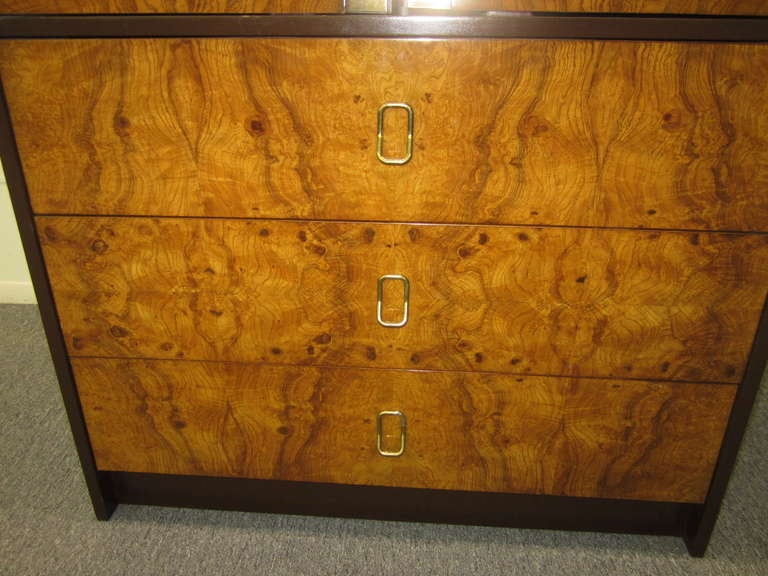 Ordinaire American Milo Baughman Burled Wood Tall Dresser Cabinet Mid Century Modern  For Sale