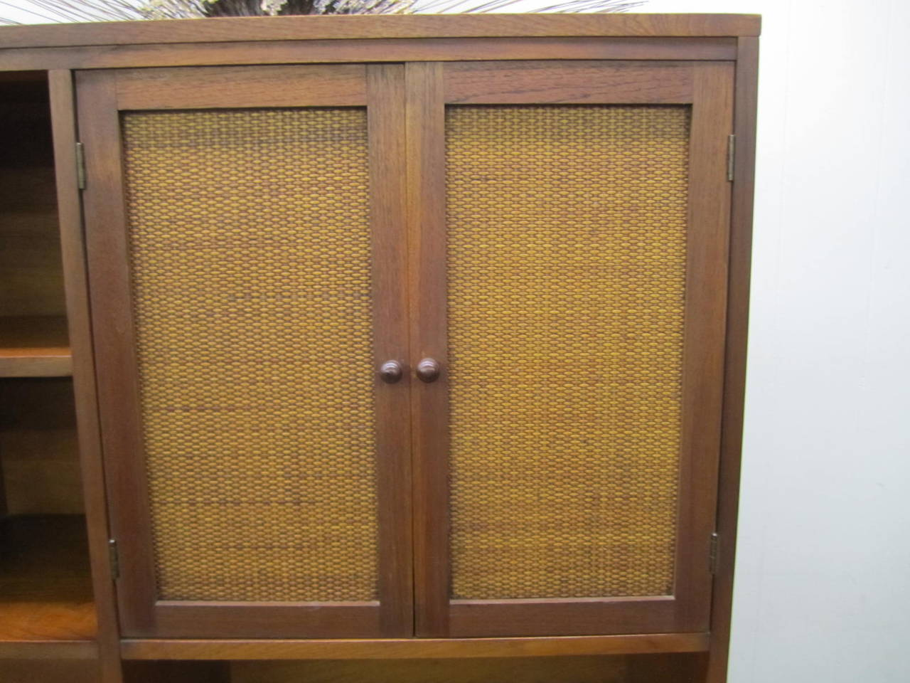 American Rare Lane Acclaim Cabinet Caned Hutch, Mid-Century Modern For Sale