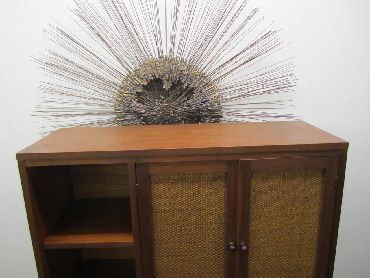 Rare Lane Acclaim Cabinet Caned Hutch, Mid-Century Modern For Sale 4