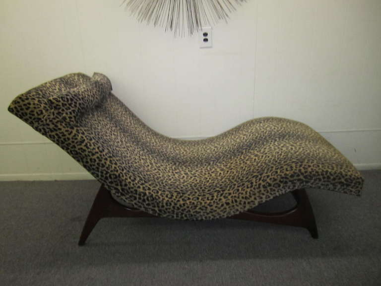 Sleek Adrian Pearsall Wave Chaise Lounge Chair Mid Century