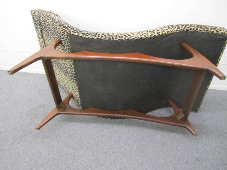 Sleek adrian pearsall wave chaise lounge chair mid century for Century furniture chaise lounge