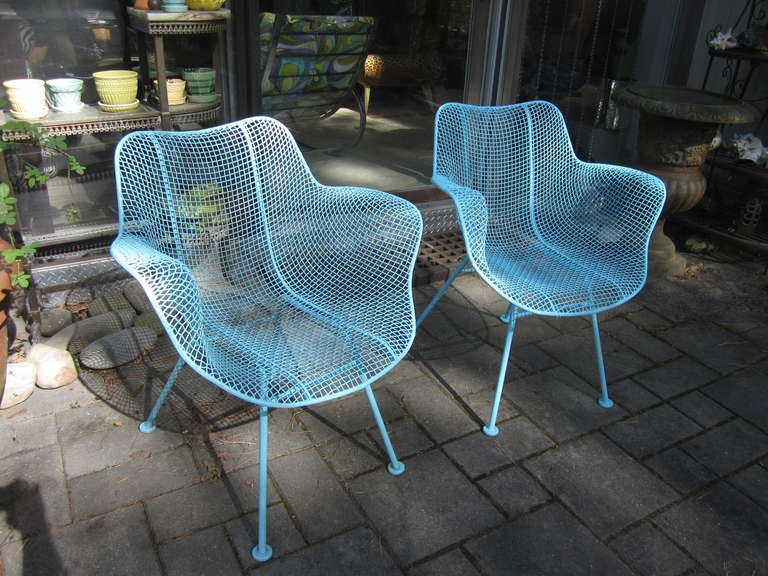 Pair Woodard Mesh Sculptra Patio Lounge Chairs Mid Century